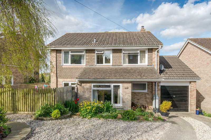 4 Bedrooms Detached House for sale in Willow View Close, Malmesbury