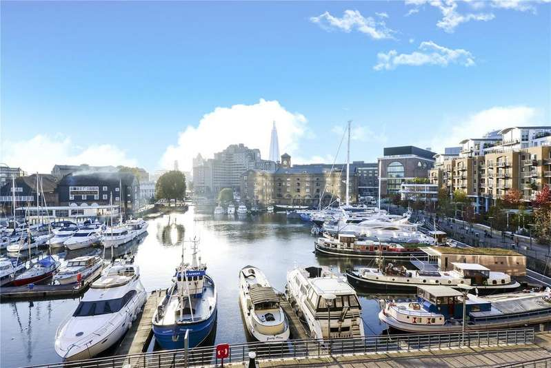 2 Bedrooms Flat for sale in Harlequin Court, 6 Thomas More Street, Wapping, London, E1W