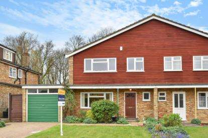3 Bedrooms House for sale in Blakes Green, West Wickham