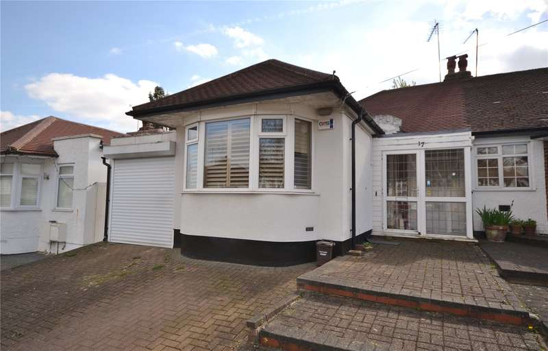 2 Bedrooms Semi Detached Bungalow for sale in Connaught Avenue, East Barnet, Barnet, EN4