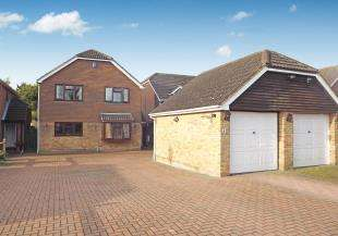 4 Bedrooms Detached House for sale in Cryalls Lane, Sittingbourne, Kent