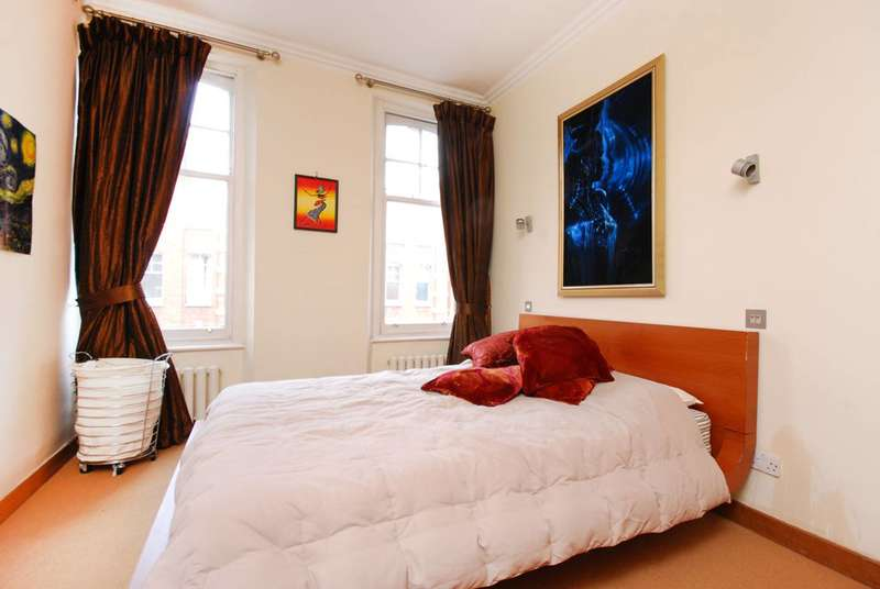 2 Bedrooms Flat for sale in King's Road, Chelsea, SW3