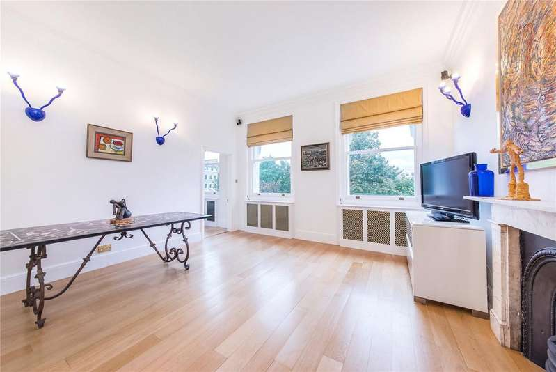 2 Bedrooms Flat for sale in Queen's Gate Gardens, South Kensington, London
