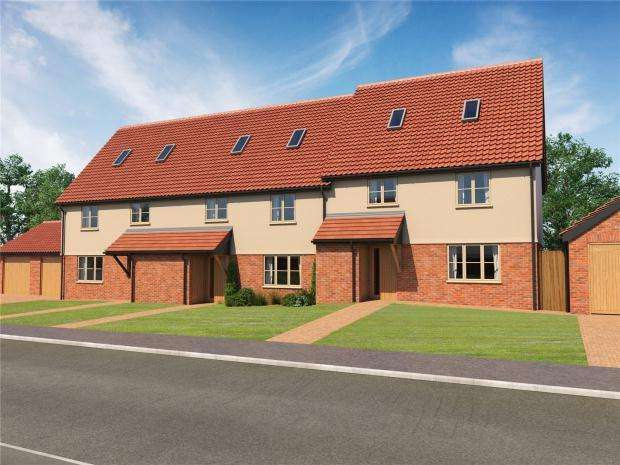 3 Bedrooms Town House for sale in Kenninghall Road, East Harling, Norfolk