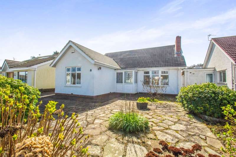 4 Bedrooms Detached Bungalow for sale in Greenway Close, Llandough, Penarth