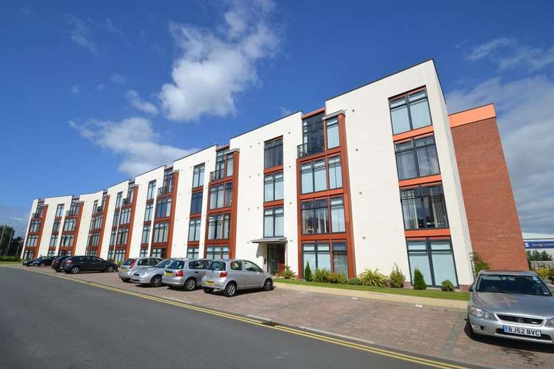 2 Bedrooms Ground Flat for sale in Lauriston Close , Sharston