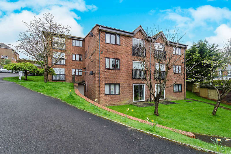 2 Bedrooms Flat for sale in Woodmill Lane, SOUTHAMPTON, SO18