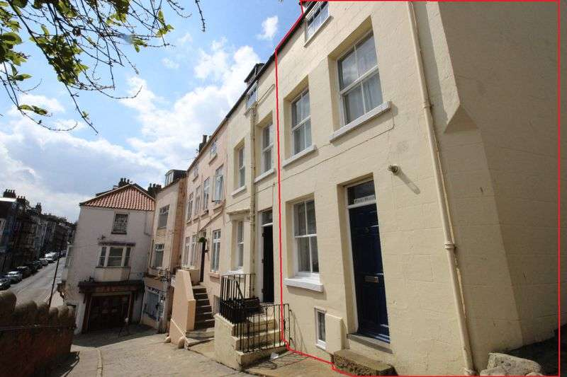 2 Bedrooms Terraced House for sale in West Sandgate, Old Town, Scarborough, YO11 1QL