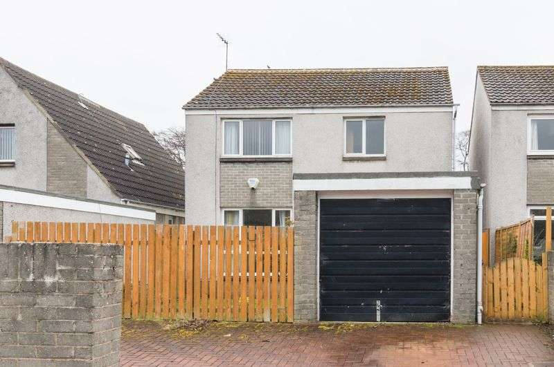 4 Bedrooms Detached House for sale in 18 Mortonhall Park Green, Mortonhall, Edinburgh EH17 8SP