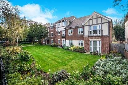 1 Bedroom Flat for sale in Grange Court, 298 Warwick Road, Solihull, West Midlands