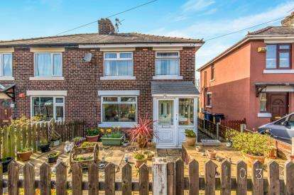 3 Bedrooms Semi Detached House for sale in Kings Road, Ashton-Under-Lyne, Greater Manchester, Ashton