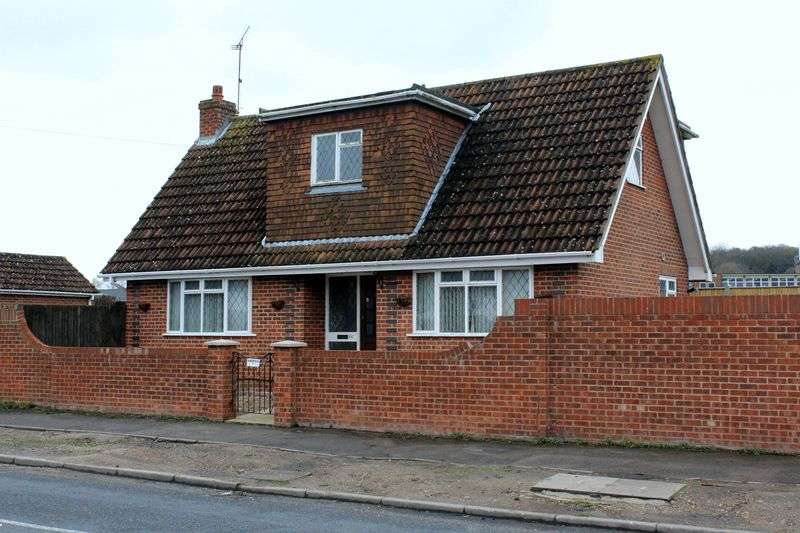 Property for sale in Chapel Lane, Farnborough
