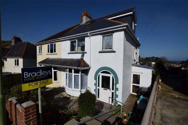 4 Bedrooms Semi Detached House for sale in Redburn Road, Paignton, Devon