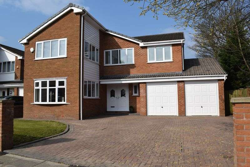 5 Bedrooms Detached House for sale in Wentworth Avenue, Heywood