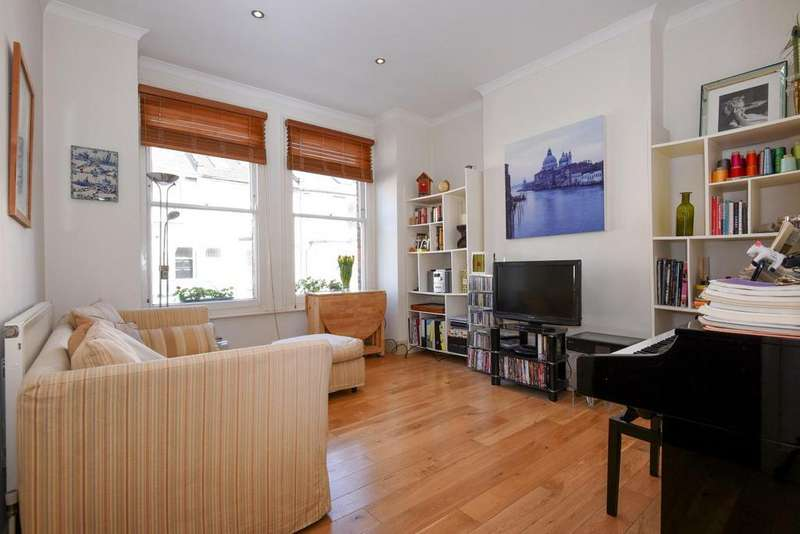 2 Bedrooms Flat for sale in Biscay Road, Hammersmith, W6