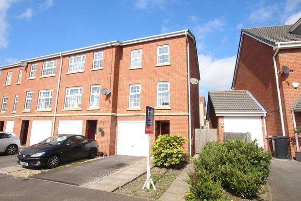3 Bedrooms Town House for sale in Harvey Street, Melton Mowbray, LE13