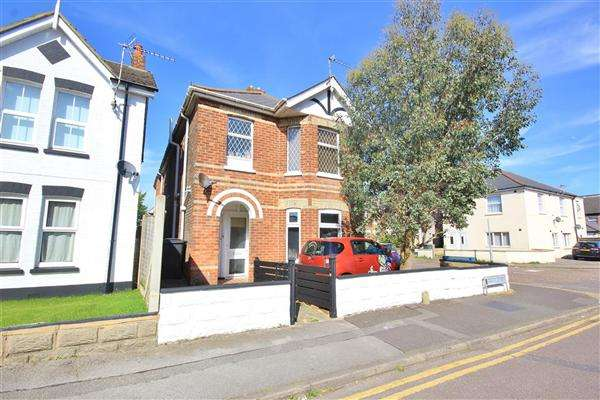 1 Bedroom Apartment Flat for sale in Castle Road, Bournemouth
