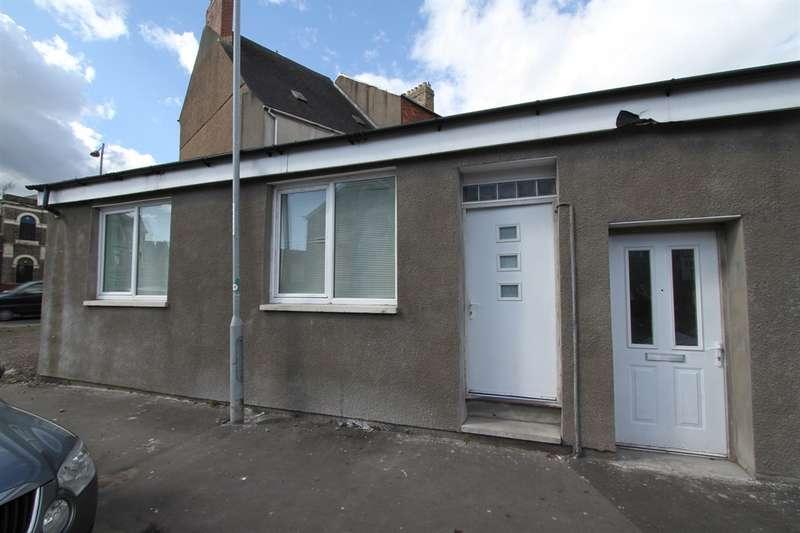 1 Bedroom Semi Detached Bungalow for sale in Milman Street, Newport