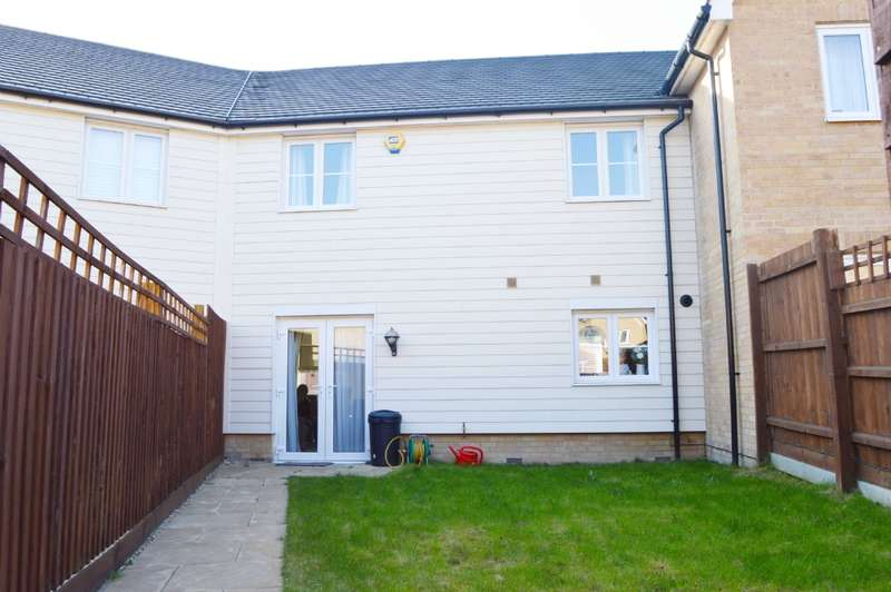 3 Bedrooms Terraced House for sale in Oldmead Close, Harold Hill