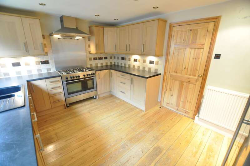 3 Bedrooms Semi Detached House for sale in Calder Street, Ashton, Preston, Lancashire, PR2 1BD