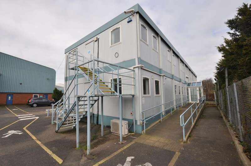Office Commercial for rent in Boundary Road, Lytham, Lytham St Annes, Lancashire, FY8 5LT
