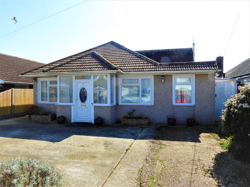 4 Bedrooms Detached Bungalow for sale in Taylor Road, Lydd On Sea, Kent, TN29 9PA