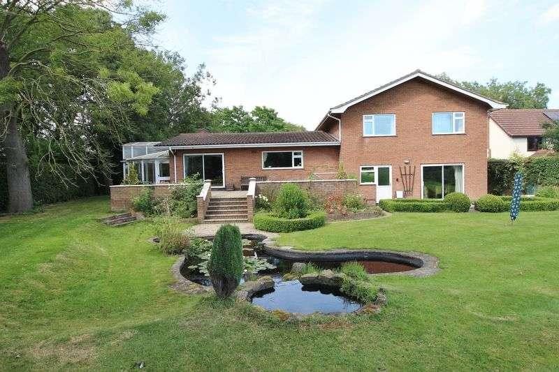 4 Bedrooms Detached House for sale in Summer Gates Lane, Bratoft, Skegness