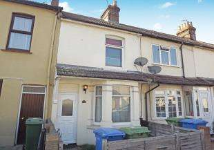 2 Bedrooms Terraced House for sale in Shakespeare Road, Sittingbourne