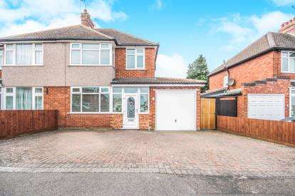3 Bedrooms Semi Detached House for sale in Whitmore Road, Leamington Spa, Warwickshire, England