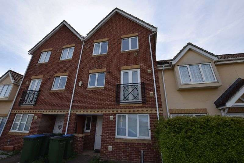 5 Bedrooms Terraced House for sale in Hill View Drive, West Thamesmead