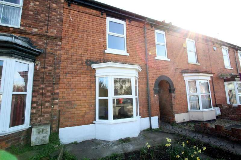 3 Bedrooms Terraced House for sale in Altham Terrace, Lincoln