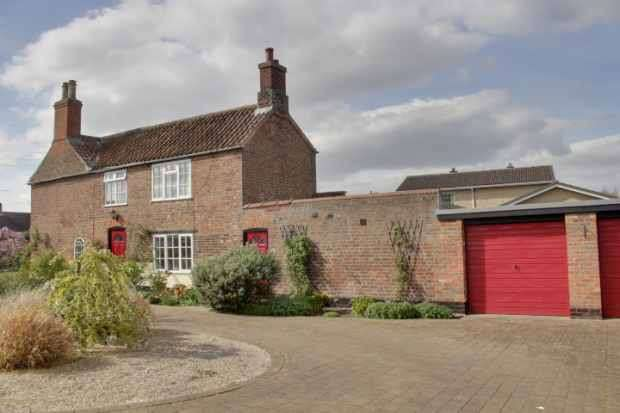 3 Bedrooms Cottage House for sale in Tarry Hill, Boston, Lincolnshire, PE20 3LW