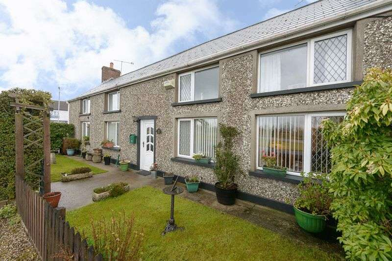 4 Bedrooms Semi Detached House for sale in 86 Carryduff Road, Temple, BT27 6UA