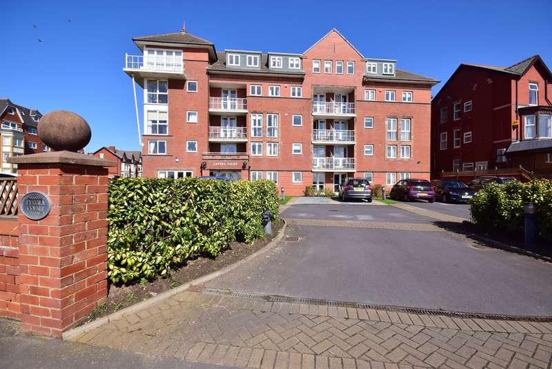 1 Bedroom Retirement Property for sale in South Promenade, Lytham St Annes, FY8