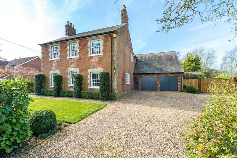 5 Bedrooms Detached House for sale in Leighton Road, Wingrave, Bucks, HP22