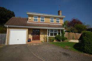 4 Bedrooms Detached House for sale in Downland Copse, Uckfield, East Sussex