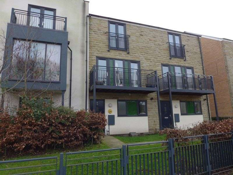 3 Bedrooms House for sale in Yeadon Close, Accrington