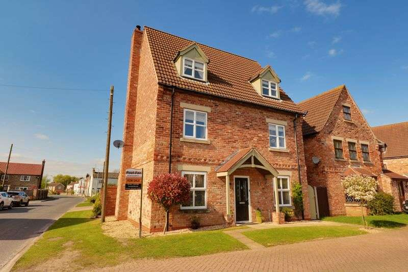 4 Bedrooms Detached House for sale in The Poplars, Epworth