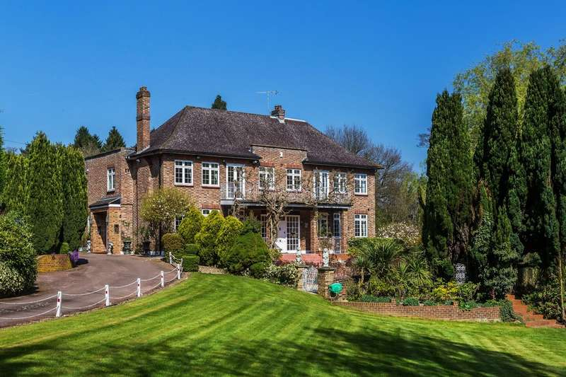 7 Bedrooms Detached House for sale in Godstone Road, Oxted