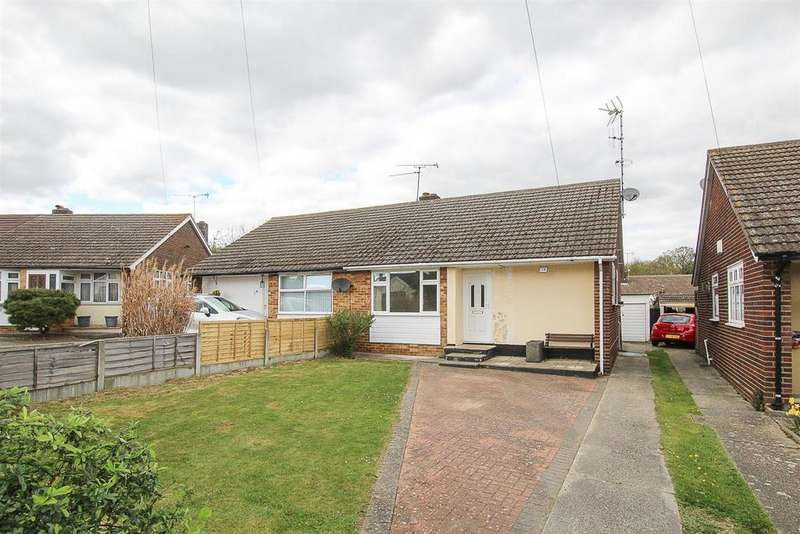 2 Bedrooms Semi Detached Bungalow for sale in Arnolds Close, Hutton, Brentwood