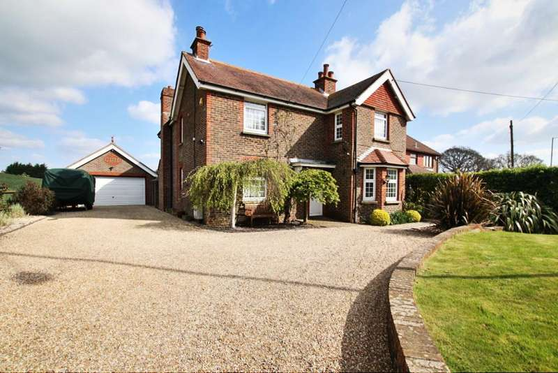 4 Bedrooms Detached House for sale in Hawkswood Road, Hailsham BN27
