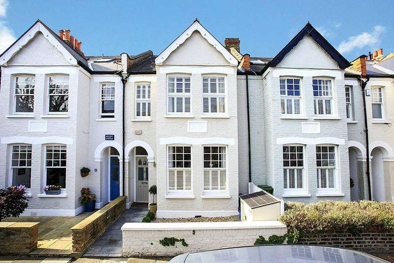 4 Bedrooms Semi Detached House for sale in First Avenue, London, SW14