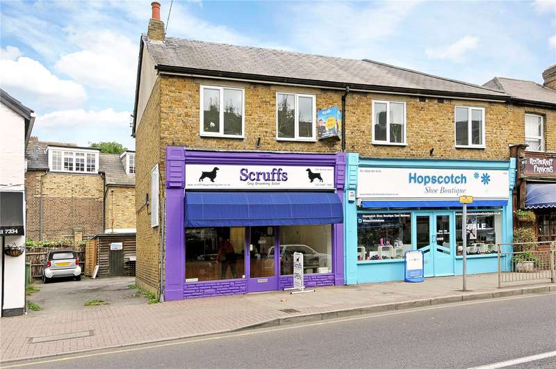 3 Bedrooms Flat for sale in Walton Road, East Molesey, Surrey, KT8