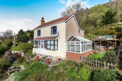 3 Bedrooms Detached House for sale in Upper Foel Road, Dyserth, Rhyl, Denbighshire, LL18