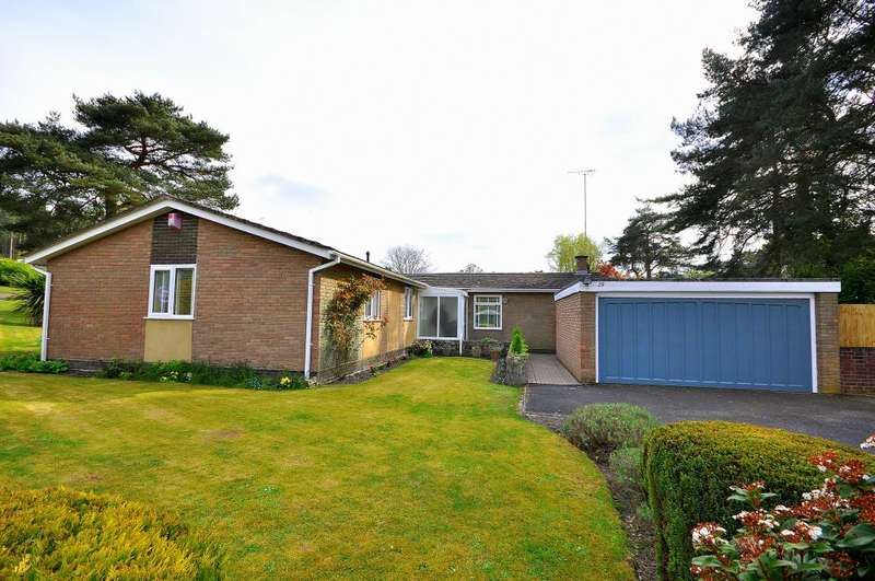 3 Bedrooms Detached Bungalow for sale in Ashley Heath, Ringwood, BH24 2HA