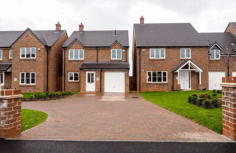 3 Bedrooms Detached House for sale in Harcourt Gardens, Stanley Common