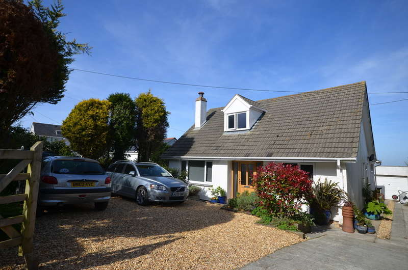 4 Bedrooms Detached Bungalow for sale in Beacon Road, St. Agnes