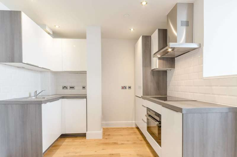 Studio Flat for sale in The Quant Building, Walthamstow, E17