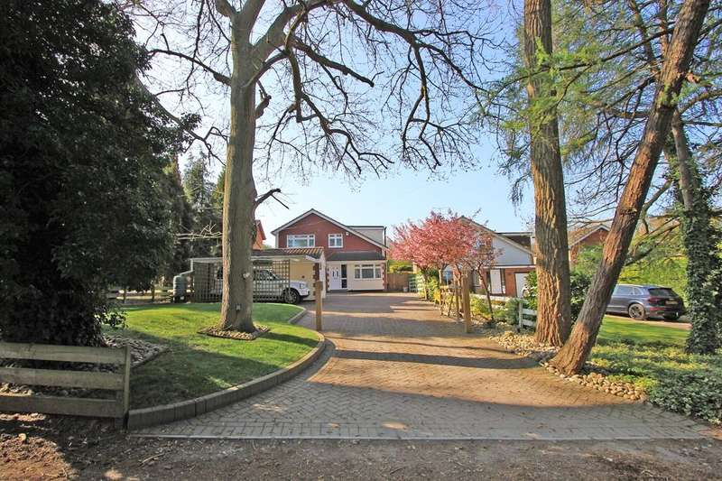 5 Bedrooms Detached House for sale in Manor Drive, Hartley, Longfield, DA3