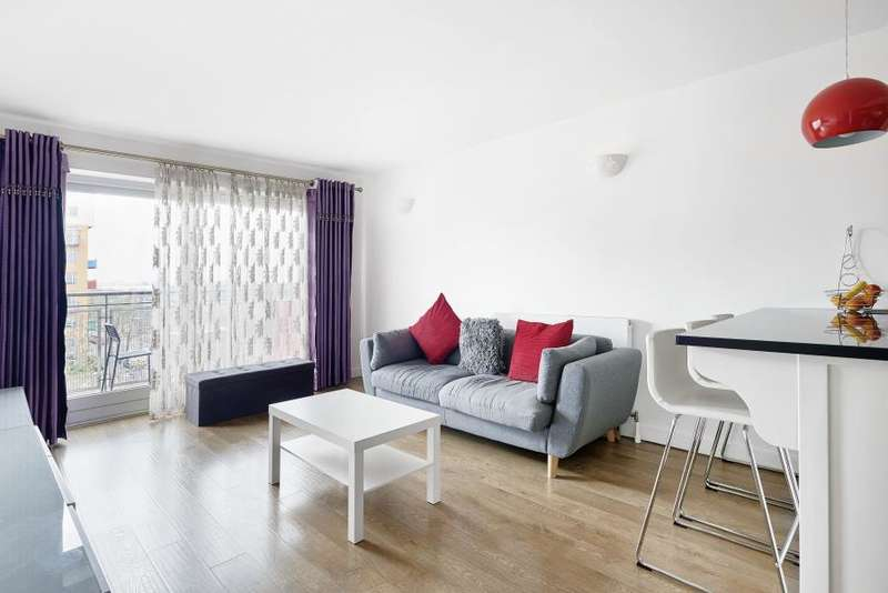 2 Bedrooms Apartment Flat for sale in Metcalfe Court, SE10